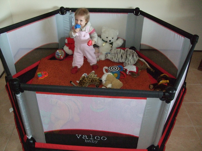 Babyreview Com Au 187 Blog Archive 187 Valco Six Sided Play Yard