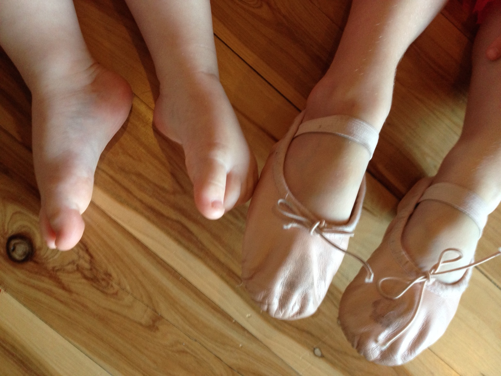 Tiny Toes Children S Shoes